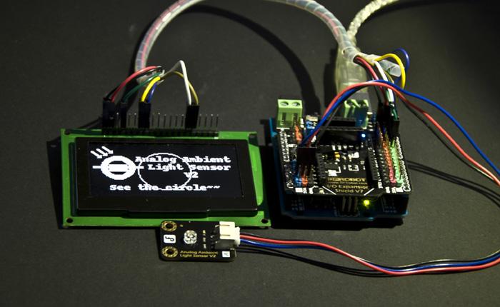 Gravity: 模拟环境光线传感器应用示例接线图