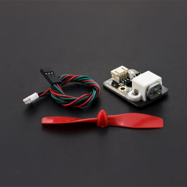 Fan module 是一个风扇模块,可以搭配其他小模块做一些有趣的应用(电风扇,散热,螺旋桨)。不仅可以通过Arduino的数字口进行开关,而且还是通过PWM进行调速。 通常由于Arduino的端口电流太弱通常无法带动电机,因此我们将驱动和电机集成在这款模块上,直接插上V7传感器扩展板就搞定了。帮忙节省了很多麻烦。我们常见的灭火小车,就可以安装这款风扇进行操作。